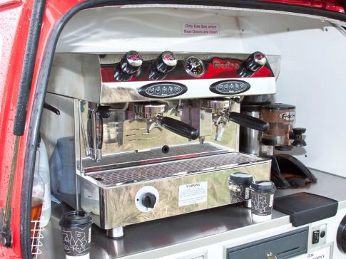 coffee-van-conversion-suzuki-carry-espresso-machine