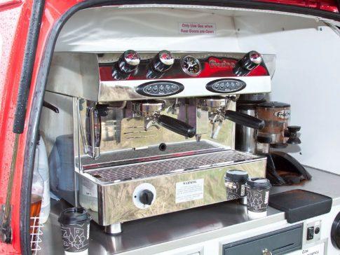 coffee-van-conversion-suzuki-carry-espresso-machine